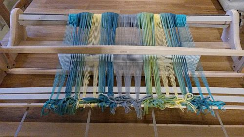 Blau-gelber-Schal-Kette-4-500